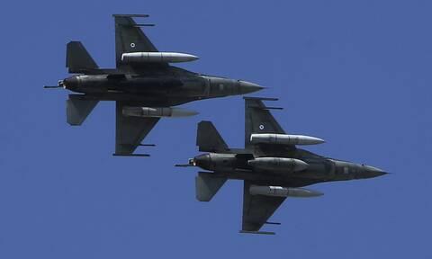 Θερμό επεισόδιο: Τουρκικό F-16 κόντεψε να συντριβεί στη Χίο – Τι συνέβη