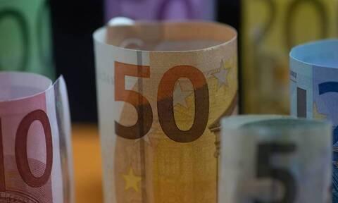 ΟΠΕΚΑ: Πότε πληρώνονται επιδόματα και παροχές