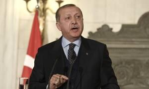 Μας απειλεί με «χτύπημα» ο Ερντογάν: «Η Ελλάδα θα είναι υπεύθυνη για ό,τι συμβεί»