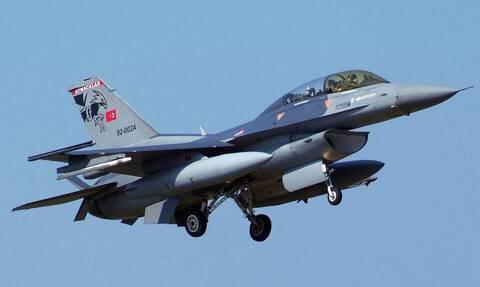 Επικίνδυνα «παιχνίδια» της Τουρκίας: Αερομαχίες στο Αιγαίο με οπλισμένα μαχητικά