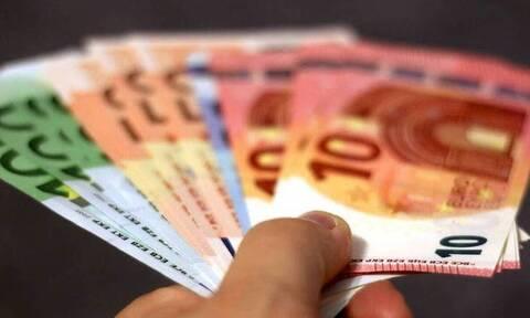 ΟΠΕΚΑ: Πότε θα πληρωθούν τα επιδόματα Αυγούστου οι δικαιούχοι