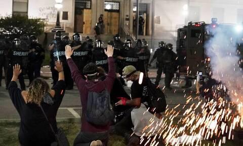 ΗΠΑ: Ξεχειλίζει η οργή μετά το νέο περιστατικό αστυνομικής βίας στο Ουισκόνσιν