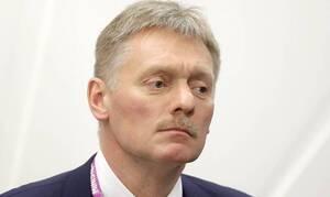 Кремль пока не видит повода для уголовного расследования случившегося с Навальным