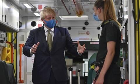 Βρετανία Κορονοϊός: Σάλος με δημοσίευμα της Daily Mail για παραίτηση Τζόνσον