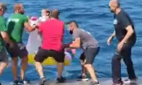 Αντίρριο: Ο Μητσοτάκης τηλεφώνησε στον καπετάνιο που διέσωσε το τρίχρονο κοριτσάκι