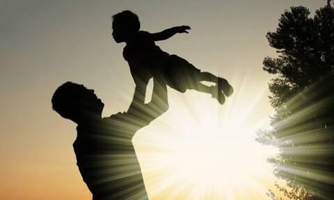 ΟΠΕΚΑ - Επίδομα παιδιού Α21: Πότε θα πληρωθεί η τέταρτη δόση - Πόσα χρήματα θα πάρετε