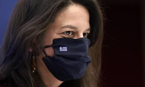 Σεξιστική επίθεση Γαβρόγλου σε Κεραμέως για τα σχολεία - «Oι γυναίκες δεν σκαμπάζουν από αριθμητική»