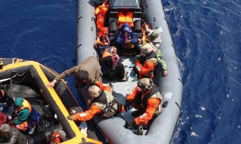 Χάλκη: Σε εξέλιξη μεγάλη επιχείρηση διάσωσης 80 μεταναστών που επέβαιναν σε σκάφος