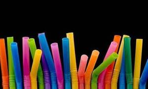 Греция полностью откажется от использования одноразовых изделий из пластика в 2021 году
