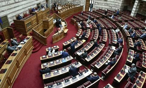 ΑΟΖ: Δείτε LIVE την ψηφοφορία για τις συμφωνίες με Ιταλία και Αίγυπτο