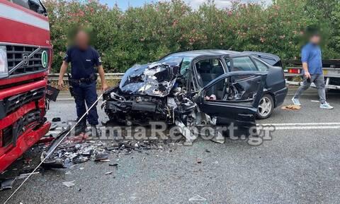 Τραγωδία στην Αθηνών - Θεσσαλονίκης: Νεκρή μητέρα σε φρικτό τροχαίο