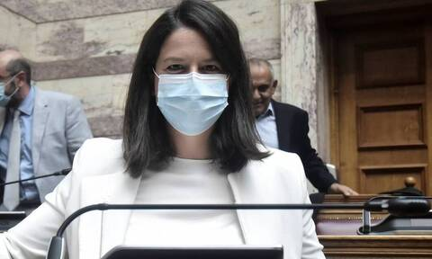 Κορονοϊός- Κεραμέως: Αυτή θα είναι η «τιμωρία» για τους μαθητές που δεν θα φορούν μάσκα