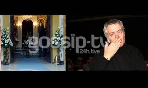 Το τελευταίο αντίο στον μεγάλο Έλληνα τραγουδιστή Γιάννη Πουλόπουλο