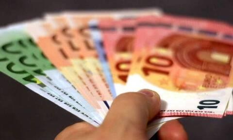 ΟΠΕΚΑ: Πότε πληρώνονται επιδόματα και παροχές Αυγούστου