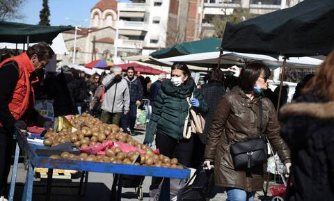 Έρχεται σχέδιο νόμου για τις λαϊκές αγορές