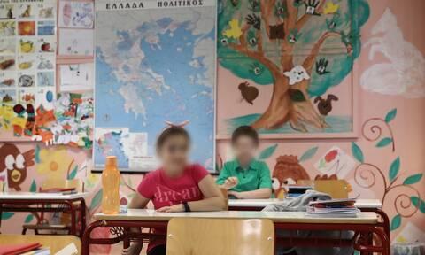 Άνοιγμα σχολείων: Νέα ημερομηνία για το πρώτο κουδούνι - Τι θα ισχύει με τις μάσκες