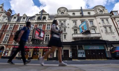 Κορονοϊός - Βρετανία: Επίδόμα σε κατοίκους για να μπαίνουν σε καραντίνα