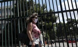 В Греции ношение маски может стать обязательным и в помещениях, и на открытом воздухе