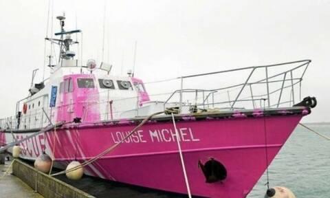 Ένα πλοίο του Μπάνκσι στη Μεσόγειο για να διασώζει τους μετανάστες