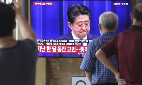 Ιαπωνία - Σίνζο Άμπε: Ζήτησε συγγνώμη «από τα βάθη της καρδιάς» του για την παραίτησή του