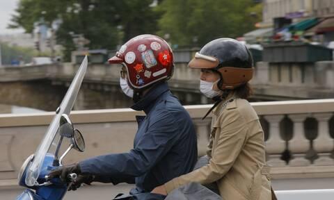Κορονοϊός - Γαλλία: Επεκτείνεται η υποχρεωτική χρήση μάσκας στους δημόσιους χώρους