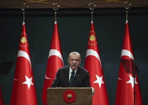 FAZ: Ο Ερντογάν οδηγεί την Τουρκία στη φτώχεια
