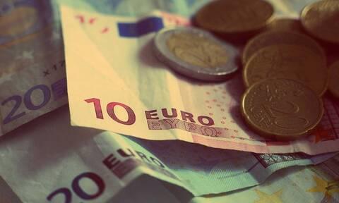 Κορονοϊός: Κι όμως, εκτίναξε τις καταθέσεις στις τράπεζες