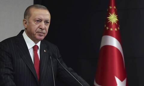Ο Ερντογάν σε παραλήρημα: Εισβολείς οι Έλληνες, θα υπερασπιστούμε τη Γαλάζια Πατρίδα