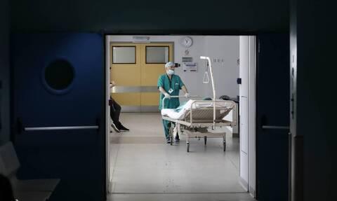 Κορονοϊός: Και δεύτερος νεκρός μέσα σε λίγη ώρα – 262 τα θύματα στην Ελλάδα