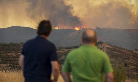 Ισπανία - πυρκαγιά: Τουλάχιστον 3.200 άνθρωποι εγκαταλείπουν τις εστίες τους