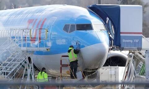 Κορoνοϊός: Συναγερμός σε πτήση της TUI - Επτά κρούσματα σε αεροπλάνο από τη Ζάκυνθο προς Κάρντιφ