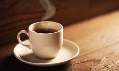 Mε αυτόν τον τρόπο θα φτιάξεις τον πιο ονειρικό καφέ!