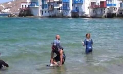 Μύκονος: Θλιβερές εικόνες - Δείτε τι «ψάρεψαν» στα νερά της Μικρής Βενετίας (vid)