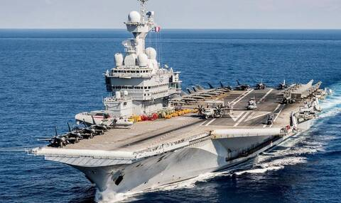 Το Σαρλ ντε Γκολ απειλεί την Τουρκία: Έρχεται για μάχη με 38 Rafale, «αόρατα» πλοία και υποβρύχια