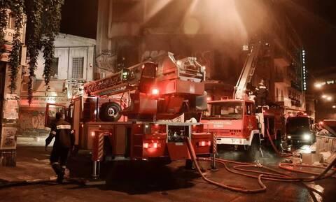 Φωτιά στην Αθήνα: Στις φλόγες διαμέρισμα στο Νέο Κόσμο