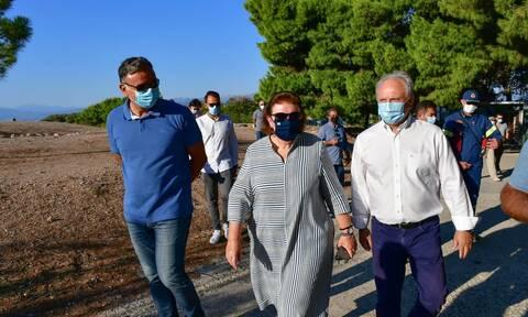 Μενδώνη για Μυκήνες: Η φωτιά δεν προκάλεσε ζημιά στα μνημεία