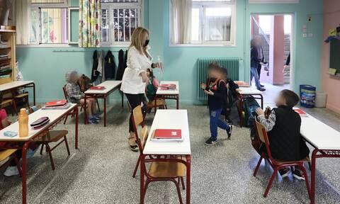 Άνοιγμα σχολείων: Έτσι θα λειτουργήσουν - Οι μάσκες, οι απουσίες και τα διαλείμματα