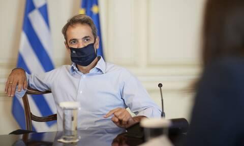 Κορονοϊός - Μητσοτάκης: Μικρή θυσία η χρήση μάσκας για να αποτρέψουμε τα χειρότερα