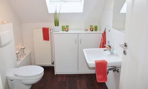 Αν έχετε αυτά τα 3 πράγματα στο μπάνιο αλλάξετε τους άμεσα θέση (pics)