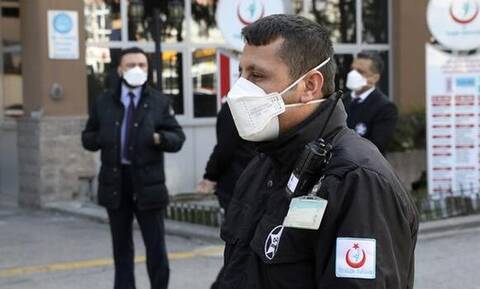 Τουρκία - Κορονοϊός: Η χώρα γνωρίζει τη δεύτερη κορύφωση της επιδημίας, δηλώνει ο υπουργός Υγείας