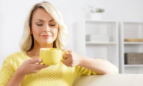 Καφές: Σε ποιες περιπτώσεις προκαλεί νύστα αντί για τόνωση (εικόνες)