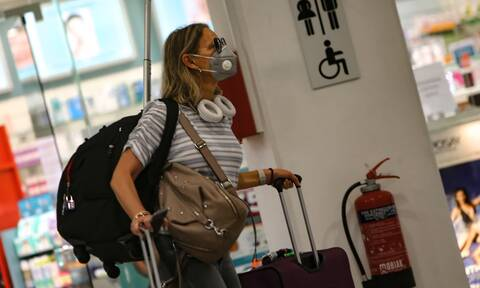 Passenger traffic in Athens International Airport down 60.4 pct in August