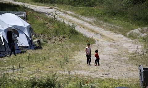 Koρονοϊός: Καραντίνα για δομή φιλοξενίας μεταναστών στα Οινόφυτα - Τα μέτρα υγειονομικής προστασίας