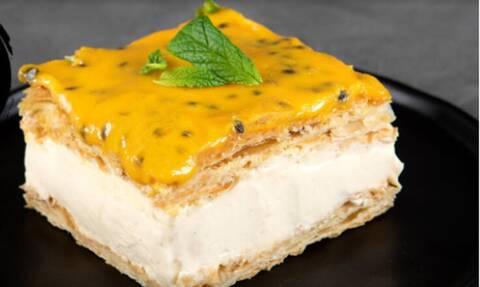 Άκης Πετρετζίκης: Γλυκό ψυγείου με passion fruit