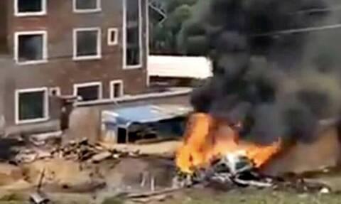 Κίνα: Συνετρίβη πολεμικό αεροσκάφος - Φόβοι πως καταρρίφθηκε