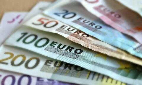 Αναδρομικά:  Πότε και πόσα χρήματα θα πάρουν οι συνταξιούχοι του Δημοσίου