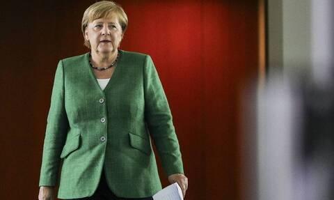 Μέρκελ: Οι φόβοι της για θερμό επεισόδιο στο Αιγαίο και προσφυγικό