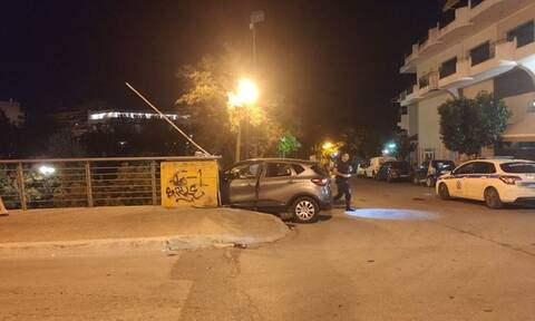 Σοκαριστικό τροχαίο στη Λάρισα: Αυτοκίνητο έριξε δυο παιδιά από γέφυρα (pics+vid)