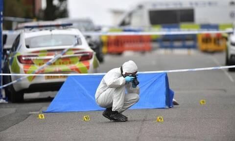 Μπέρμιγχαμ: Ένας νεκρός και επτά τραυματίες από επιθέσεις με μαχαίρι (pics)
