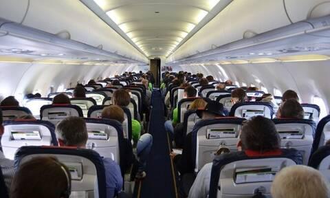 Κως: Αναγκαστική προσγείωση αεροπλάνου - Συνελήφθη επιβάτης που δεν φορούσε μάσκα